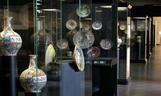 Gli artisti della ceramica provengono da tutta europa. Faenza 4 Cose Da Sapere Sul Museo Internazionale Della Ceramica