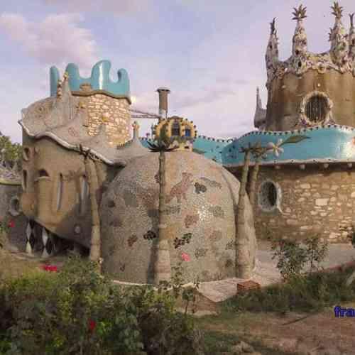 Capricho de Cotrina Los Santos de MAimona El Gaudí extremeño