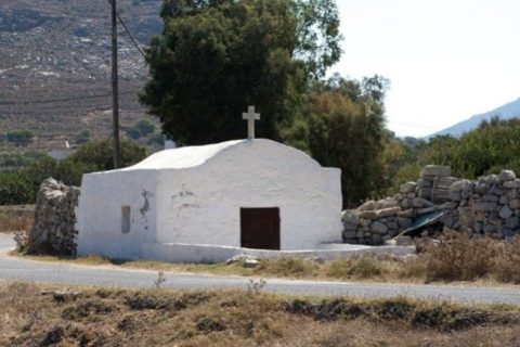 tilos monasterios igrejas