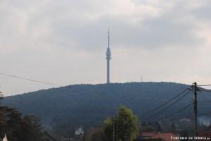 MONTE AVALA - Il Monte Avala e la Torre dell'Avala visti dalla strada statale 200