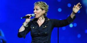 BEOGRADSKA ARENA: l'atteso concerto di Lepa Brena si terrà il 20 ottobre 2011, giorno del suo cinquantunesimo compleanno