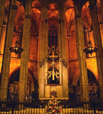 Catedral Gotica de Barcelona 4