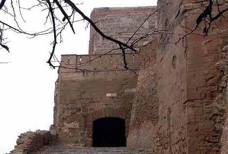 castillo de monzon 5