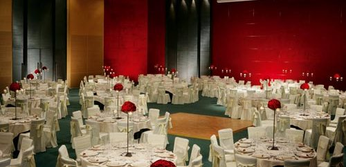El Hotel Hesperia Tower presente sus propuestas de menu para las Cenas de Navidad 2