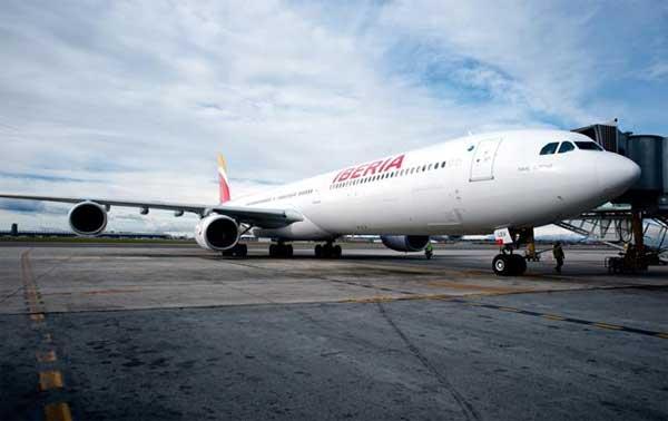 Iberia primer vuelo con la nueva imágen de marca 1