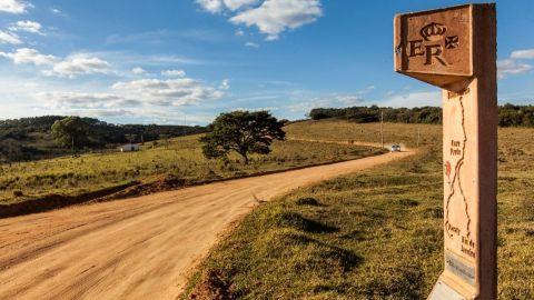 estrada real señalizan en el camino