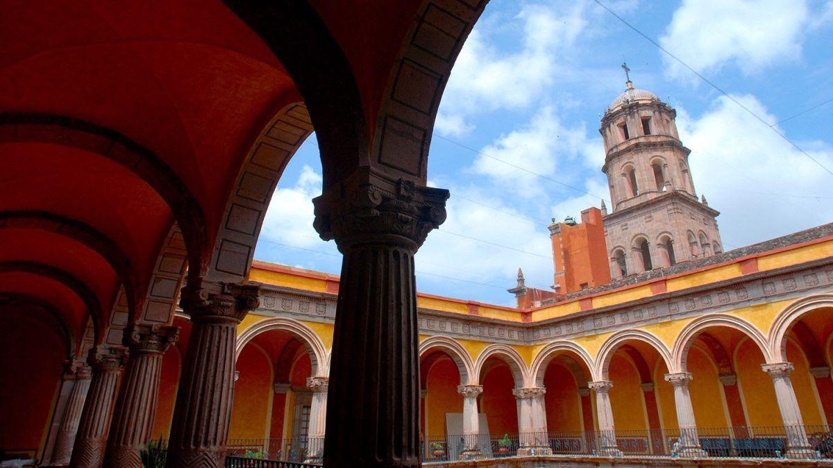 Los dos Monasterios de Querétaro Monjas Clarisas
