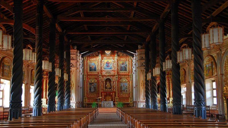 Interior del templo de la Misión Concepción