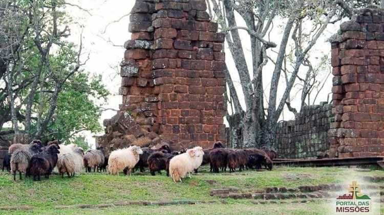 Camino de las Misiones São Lourenço Mártir. La reducción la funda el jesuita Bernardo de La Veja en 1690, con más de 2 mil guaraníes ya catequizados de la reducción de Santa María La Mayor.