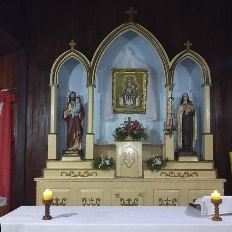 Vista del interior de la Capilla Virgen de Czestochowa