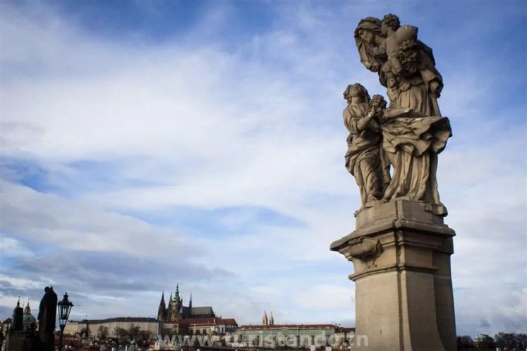 Praga Ponte Carlos Karluv Most Charles Bridge 3 As mais lindas pontes da Europa que atravessei