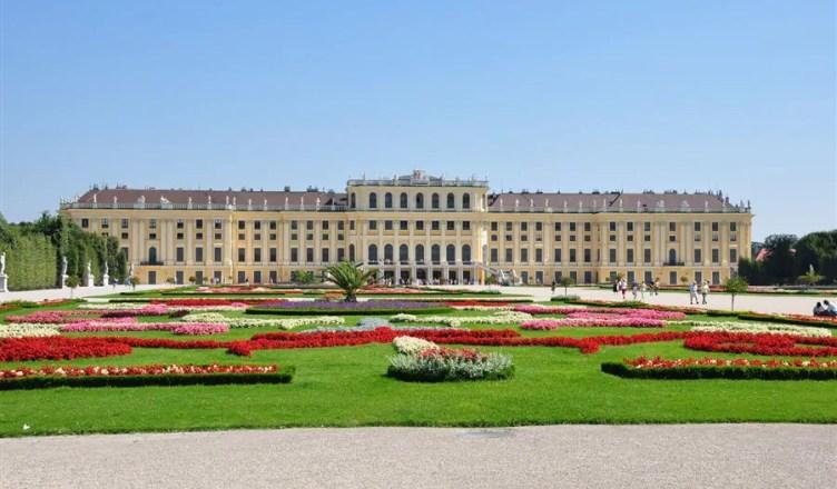 Bem além do centro histórico de Viena