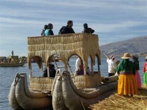 Turistandoin Peru Isla de Uros 15 300x225 Excursão para a Ilha flutuante de Uros