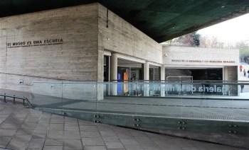 Museu de Direitos Humanos 5 350x212 Super guia Chile: O que fazer de graça em Santiago