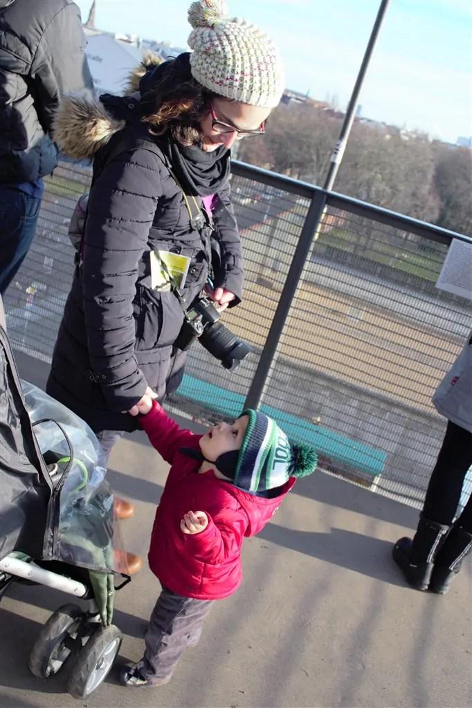 foto 4 bernauer strasse  [8 ON 8] – Crianças também viajam (e nem sempre atrapalham os pais)