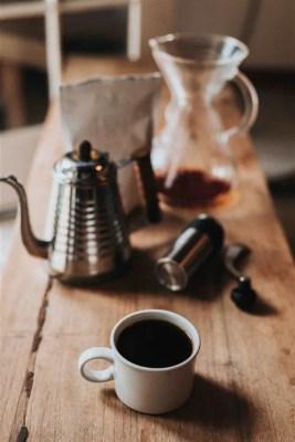 caffe nathan dumlao afe 326635 unsplash 267x400 Os tipos de café italiano   Como pedir um café na Itália?