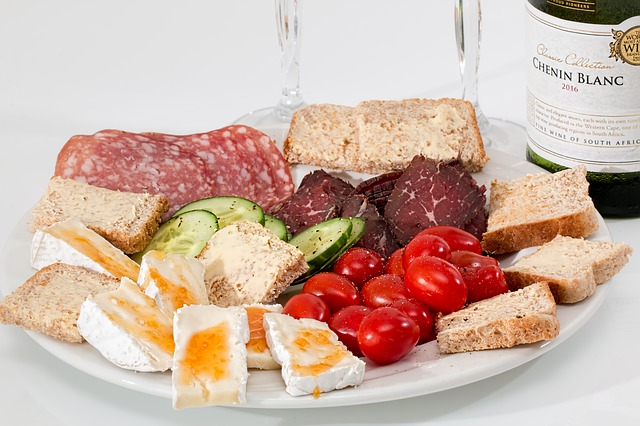 O que é o aperitivo na Itália?   Série: Italiano para Viagem
