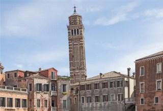 Campanile of Santo Stefano Venice 33 atrações em Veneza (Roteiro sequencial com mapa)