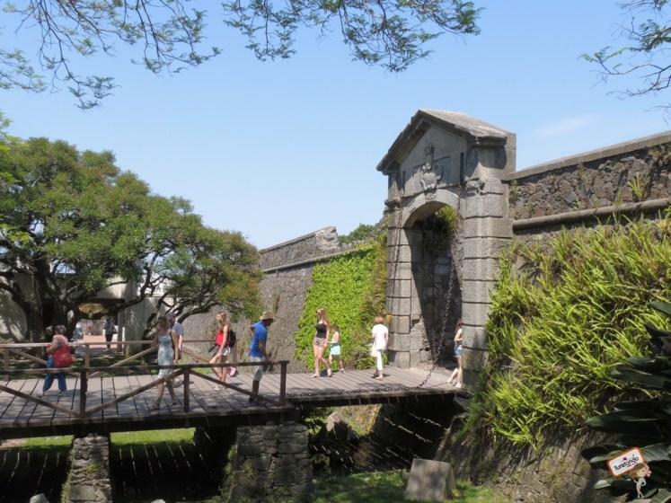 portão da cidadela colônia del sacramento