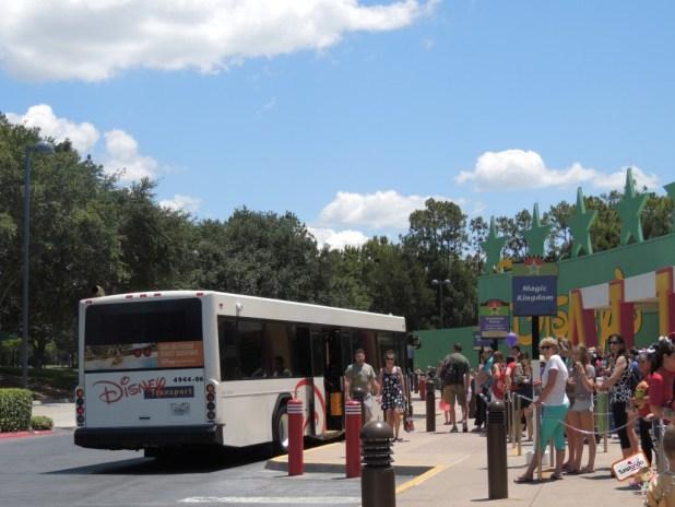 Ônibus aos parques