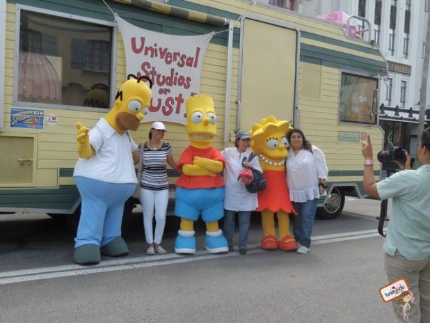 Uma pausa para foto com Os Simpsons