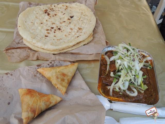 Provando comida indiana de rua em Brick Lane Market