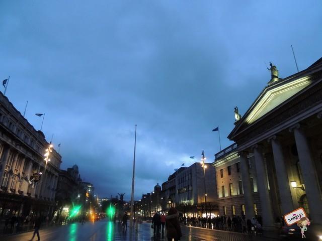 Praça central de Dublin