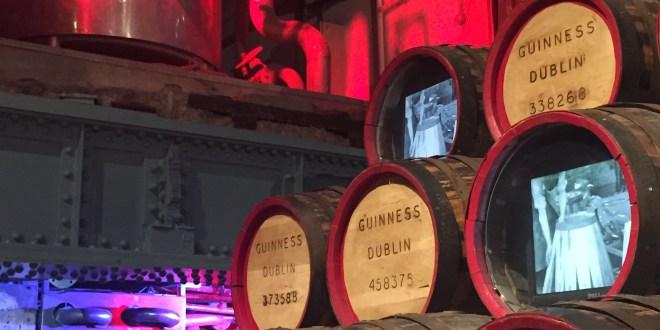 Como é a visita a Guinness Storehouse em Dublin