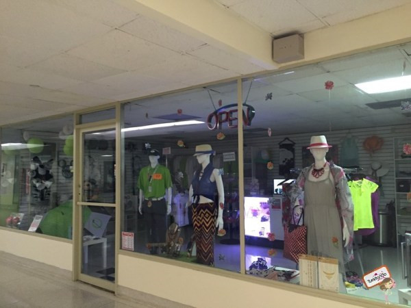 A loja de roupas do Deauville Beach Resort