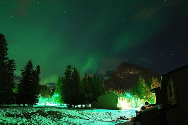 Canada_Banff_Aurora