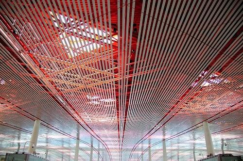 La estructura de cielo raso del Aeropuerto Internacional de Beijing.