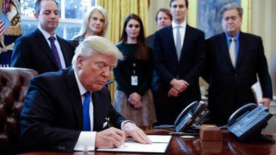 Photo of ترامب يعد بقرار جديد حول اللاجئين والمهاجرين الأسبوع المقبل