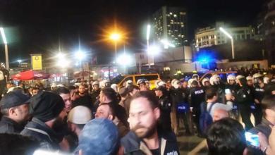 Photo of الشرطة تفرق اعتصام حدث في ميدان تقسم و شارع الاستقلال وسط مدينة إسطنبول