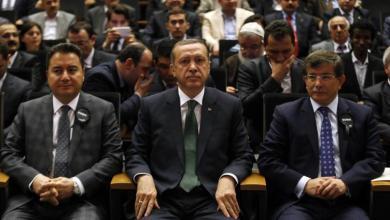 Photo of ما بعد خروج أوغلو.. هل ستغير الانشقاقات شكل السياسة التركية؟