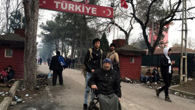 Photo of أدرنة التركية تُهدي كرسيا متحركا لمهاجر سوري في طريقه لأوروبا
