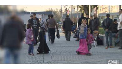 Photo of ترحيل جماعي لعائلات سورية من تركيا