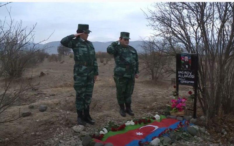 Milli Qəhrəman Allahverdi Bağırovun zabit qızları atasının Ağdamdakı məzarını ziyarət etdi
