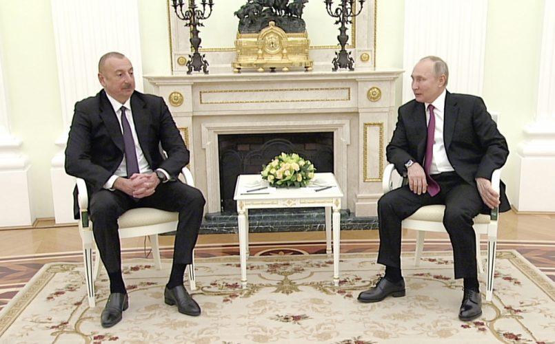 Azərbaycan Prezidenti İlham Əliyev və Rusiya Prezidenti Vladimir Putinin  ikitərəfli görüşü olub | TURAN