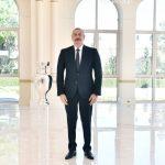 AVRO-2020-nin kuboku Prezident İlham Əliyevə təqdim olunub