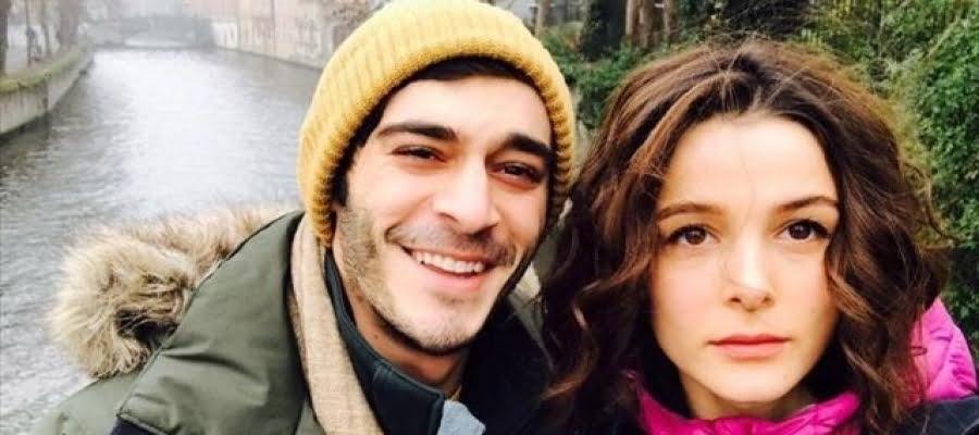 الممثل التركي بوراك دينيز ينفي خبر انفصاله لكن زوجته فعلت