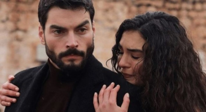 شاهد: مسلسل زهرة الثالوث الحلقة 44 Çiçek Trinity مترجم على قصة عشق - تركيا اليوم