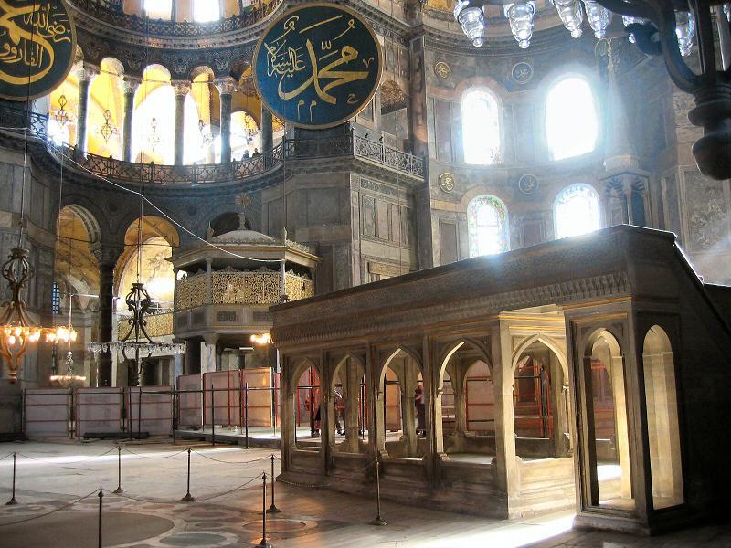 nave-muezzin-c-andrys