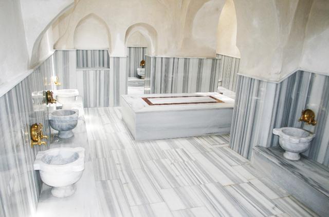 Historical Vezneciler Hamami Turkish Bath Istanbul pic 2