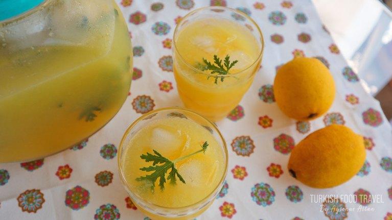 Easy Lemonade With Frozen Lemons & Orange
