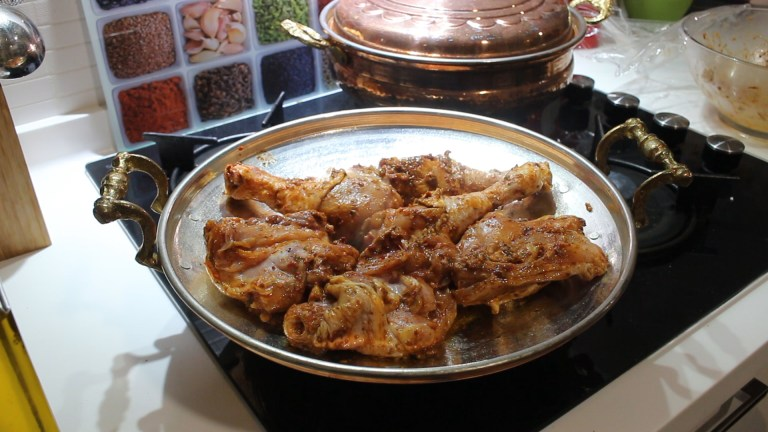 Turkish Spicy Fried Chicken With 2 Side Dishes