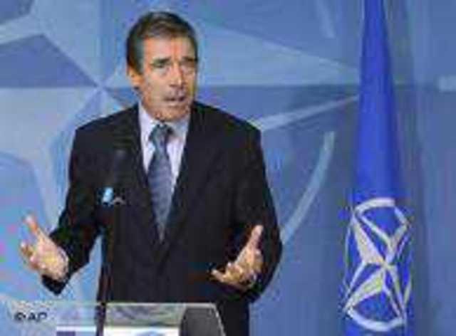 NATO Genel Sekreteri Anders Fogh Rasmussen zirvede füze kalkanı projesi konusunda karar alınmasını istiyor