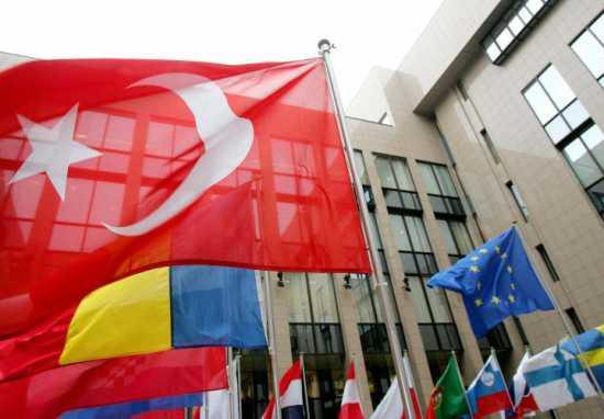 Avrupa Birliği ile Müzakere Sürecinde  Referanduma Gitmeye Gerek  Var mı?