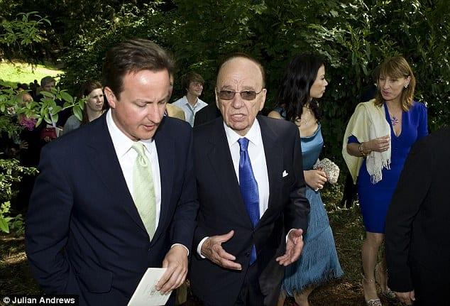 David Cameron ve Rupert Murdoch