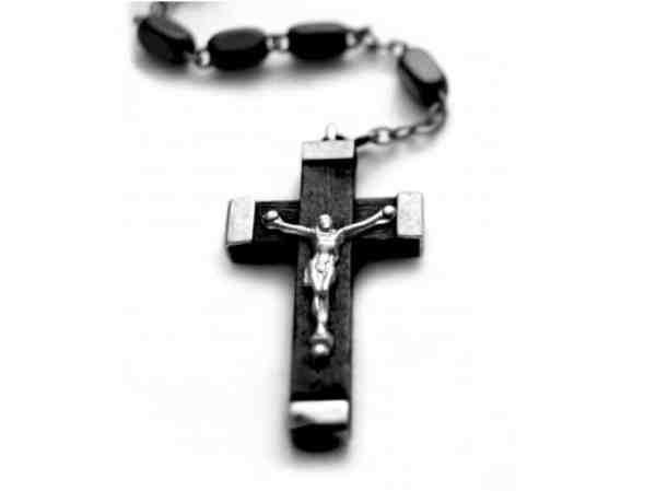 Jesus Christ Wallpaper set 14 – Small Cross Images