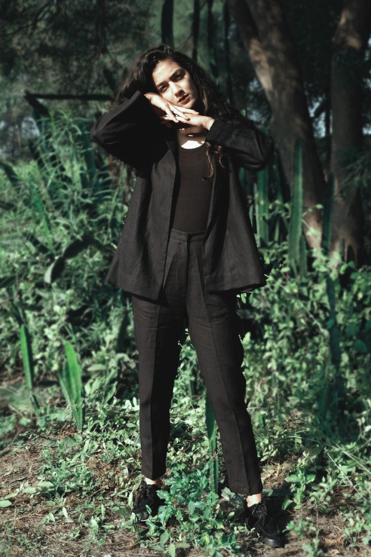 Black Linen Narrow Pants